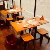 【4名テーブル×2】最大4名様利用可能のテーブル席