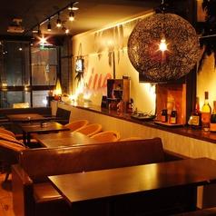 レストラン&バー クロスリゾート CROSS RESORT 名古屋の雰囲気1