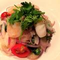料理メニュー写真ペルー名物魚介のマリネ パクチーセビーチェ