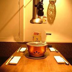 雰囲気バツグンのテーブル個室!
