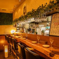お肉とワインの酒場 PALM 北千住店の雰囲気1