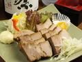 料理メニュー写真自家製豚バラチャーシュ