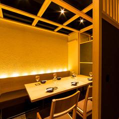 接待や会席など少人数のご宴会にもご対応の完全個室空間です。