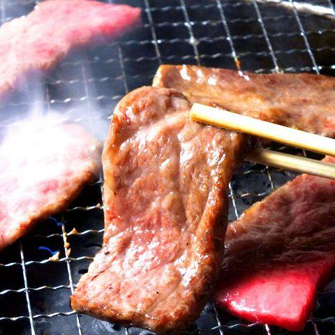 【満腹コース】特選肉や海鮮焼きも楽しめる全13品3740円(税込)