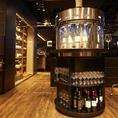 業界初の注目のワイン機材。ずらりと並んだワインを試飲しながら決められるからワイン好きにはたまりません!!ソムリエスタッフと話をしながら大人の夜をご堪能ください。