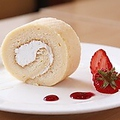 料理メニュー写真しゅりの卵のロールケーキ