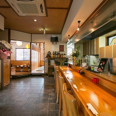 隠れ家風な寛ぎのプライベート空間。静岡名物や地酒、本格和食をカジュアルに堪能!