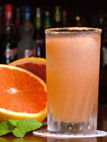ルビー色のソルティードック♪フレッシュピンクグレープフルーツを使用した一杯