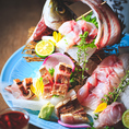 日替わりの淡路島産鮮魚をお造りにすることもできます。是非、淡路島産の日本酒や珍しい「玉ねぎ焼酎」とご一緒にお楽しみください。