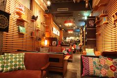 猿カフェ 栄店の雰囲気1