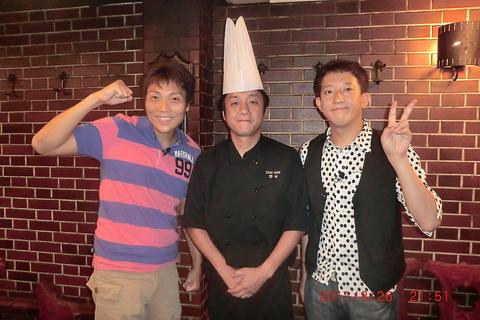 ★梅田駅徒歩8分★目の前の鉄板で焼くステーキをリーズナブルに★マジックが見れる?