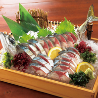 《海鮮海鮮居酒屋》新鮮魚介をたっぷり楽しむ。