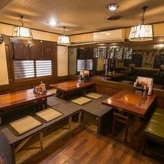 ◆4名席の座敷が2テーブルと4名席の片側座敷のテーブル名席がございます☆最大14名まで楽しめます♪