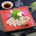 料理メニュー写真冠地鶏のムネタタキ