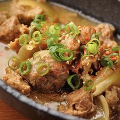 料理メニュー写真牛すじの味噌煮