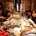 女子会に大人気の店内です。■銭函新橋銀座■特別コース☆料理6品+2時間飲み放題付コース!北海道海鮮BBQ*のコースや単品でもご注文可能です♪