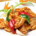 料理メニュー写真かりかり甘酢鶏肉の四川風