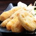 料理メニュー写真串盛り5本(豚・牛・えび・じゃがいも・レンコン)