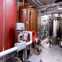 醸造所をもつビアバル~名古屋の中心でビールを作る~