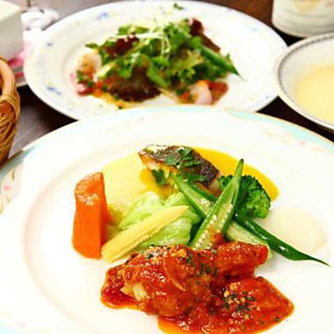 メインはお魚とお肉料理を盛り合わせで♪料理5品Bon Tigeerランチ【11時半-15時限定】