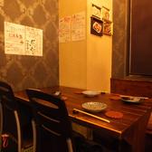 連結可能なテーブル席!人数に合わせてレイアウトを調整させて頂きます!