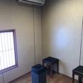 喫煙されるお客様のためにも喫煙スペースも完備しています。