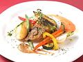 料理メニュー写真本日の鮮魚のソテー~フレッシュトマトソース バジリコ風味~