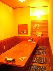 温かみのある個室でゆったりお食事はいかがですか?小規模の宴会から、ご友人との宴会など幅広いシーンでお使いいただけます◎