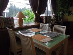 4名用のテーブル