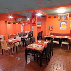 1卓につき6名様まで着席可能なテーブル席は、ゆとりのあるサイズ。人数に応じてレイアウト変更も可能です。少人数グループでのお食事会や女子会などにおすすめです!お早目のご予約をお待ちしております☆