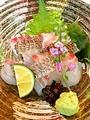 料理メニュー写真天然鯛造り