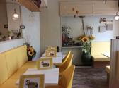 はちの巣cafe. 西区店の雰囲気3