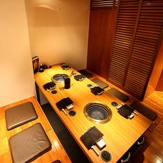 【接待・大事な場面で】「4名様~8名様」までの掘りごたつ席。限定一室の完全個室となります。人気のお席ですので、ご予約は早めがオススメです。