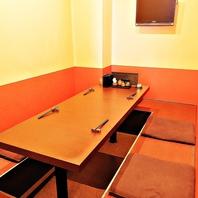 掘りごたつのテーブル席はゆっくり寛いげる空間◎