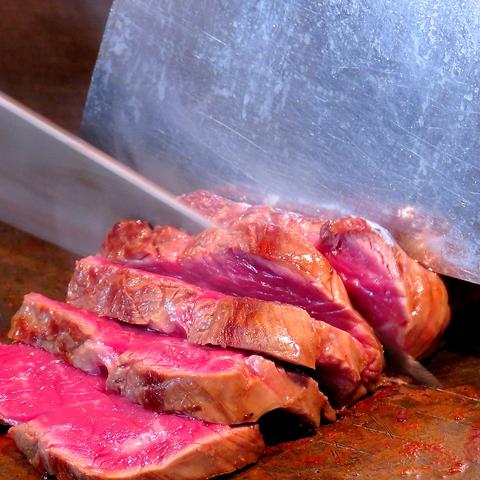 ☆お祭りのように活気のある店内で、厳選食材の鉄板料理を気軽に愉しめるお店☆