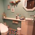 グースのお手洗いは3つあり♪男性用/女性用/男女両方お使い頂けるお手洗いがございます。それぞれこだわりのあるお手洗い。大人数のpartyやご宴会も安心です♪