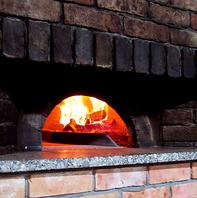 【イタリアン】窯で焼き上げた自家製ピッツァは絶品!