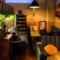 都会のcafeのような洗練された空間。ゆったりソファーで食べ放題♪