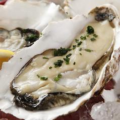 料理メニュー写真● 昆布森 ・ 釧路産 殻付き牡蠣 :1個