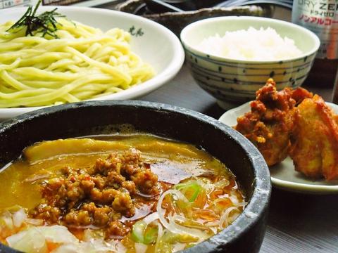 愛知県を代表するつけ麺の名店。