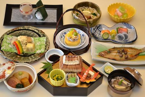 日本料理 秋田車屋