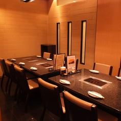 会食・接待・会社宴会におすすめな個室。4名様~最大で22名様でご利用いただけます。