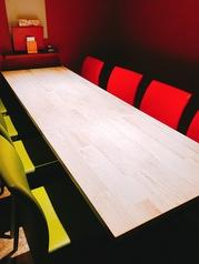 【テーブル個室】ゆったり寛げるテーブル席は6名~8名様までご利用頂けます