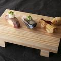 料理メニュー写真炎の炙り 炙り寿司三種盛り合わせ