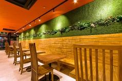 Cafe&Bal ROBAROBAの雰囲気1
