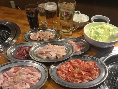 【平日限定!】 豚ホルモン、鶏 120分食べ放題コース 飲み放題付◆3278円(税込)