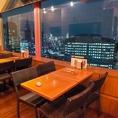 素敵な夜景を見ながらお食事ができます。