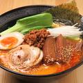 料理メニュー写真特製担々麺(全部乗せ)