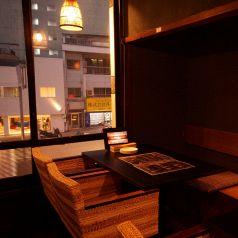 外の景色を眺めながらゆっくりとお食事を。