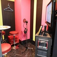 1F【Room 116】レコーディングルームです。質の良い本格的なレコーディング機材で、自分だけのCDが作れます♪※2名様のお部屋です。